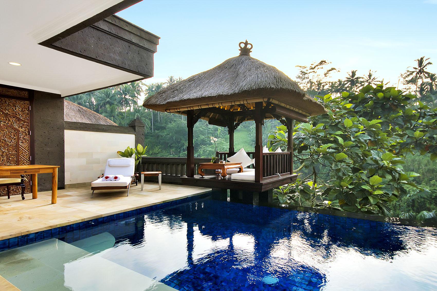 9 lyxiga hotell att dr mma sig bort till dr mhem tr dg rd. Black Bedroom Furniture Sets. Home Design Ideas