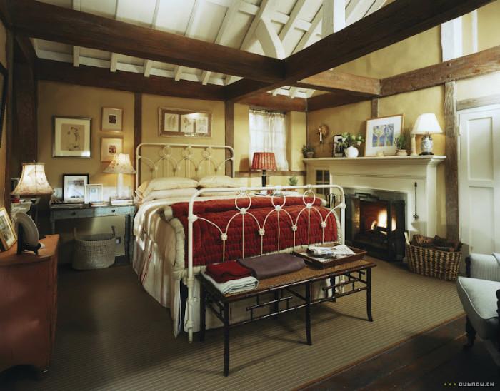 Sovrummet i den engelska stugan i The Holiday.