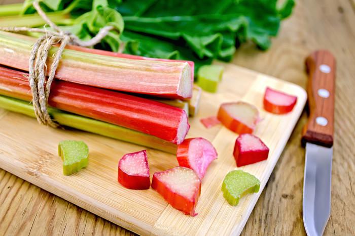 Har du testat att pickla rabarber? Foto: Shutterstock