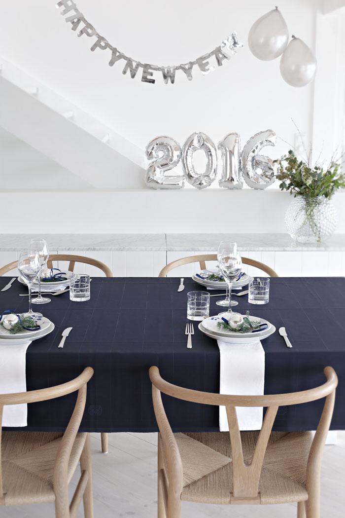 dukning i silver till nyårsfesten