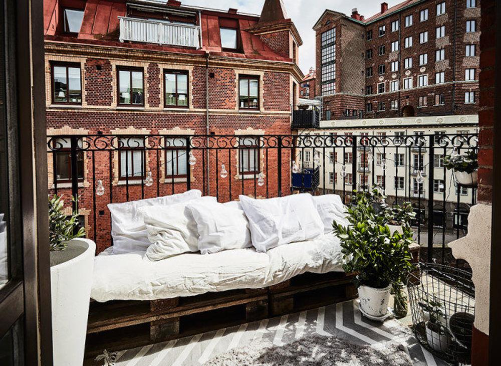 6 Compact Living Tips För En Liten Balkong Drömhem& Trädgård